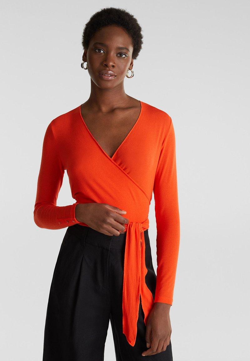 Esprit Collection - IN WICKEL-OPTIK - Long sleeved top - red orange