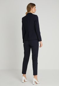 Esprit Collection - ACTIVE SUIT - Bleiseri - navy - 2