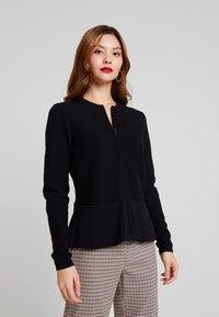 Esprit Collection - CARDI - Chaqueta de punto - black - 0