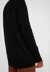 Esprit Collection - CABLE  - Sweter - black - 5
