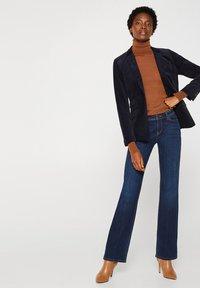 Esprit Collection - SKIN ROLL - Stickad tröja - light brown - 1