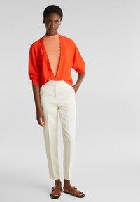 Esprit Collection - BOLERO W LACE - Gilet - red orange - 1