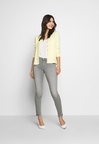 Esprit Collection - ECOVERO - Cardigan - lime yellow - 1