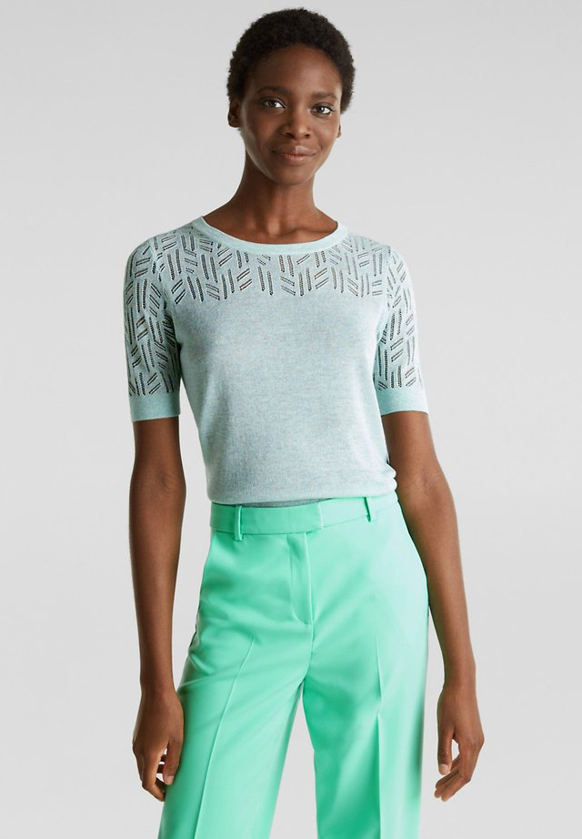MIT AJOURMUSTER - T-shirts print - light turquoise