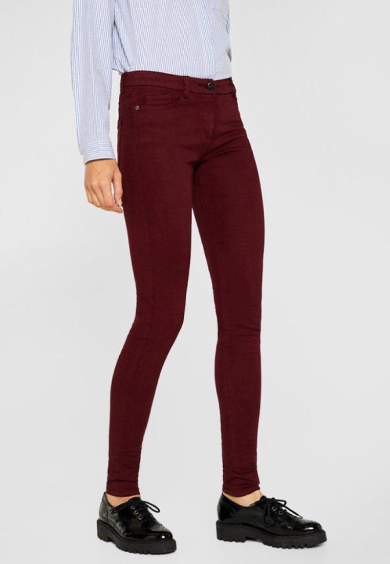 Esprit Collection - MIT 4-WAY-STRETCH - Stoffhose - garnet red