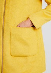 Esprit Collection - Short coat - amber yellow - 6