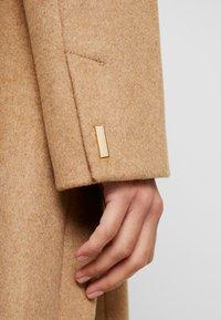 Esprit Collection - MIX COAT - Frakker / klassisk frakker - camel - 5