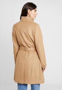 Esprit Collection - MIX COAT - Frakker / klassisk frakker - camel - 2
