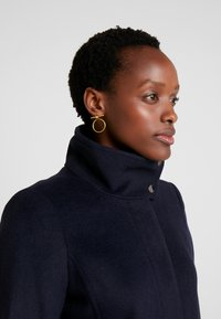 Esprit Collection - FEMININE COAT - Manteau court - navy - 3