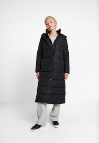Esprit Collection - 2IN1 PUFFERCOAT - Kåpe / frakk - black - 0