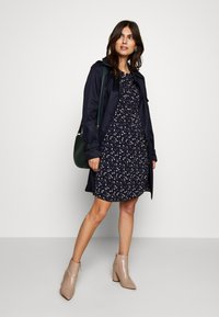 Esprit Collection - CLASSIC TRENCH - Trenchcoat - navy - 1