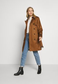 Esprit Collection - CLASSIC TRENCH - Trenchcoat - toffee - 1