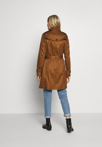 Esprit Collection - CLASSIC TRENCH - Trenchcoat - toffee - 2