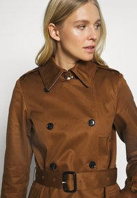 Esprit Collection - CLASSIC TRENCH - Trenchcoat - toffee - 3