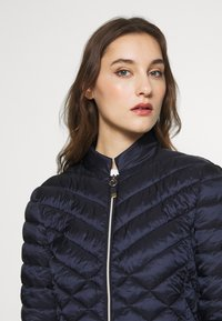 Esprit Collection - THINSULATE - Veste d'hiver - navy - 3
