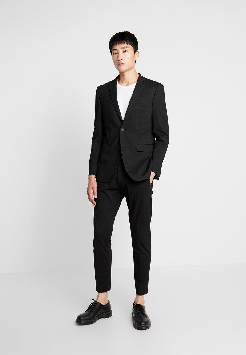 Esprit Collection - COMFORT SUIT - Completo - black