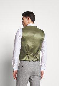 Esprit Collection - PRINCE CHECK - Suit waistcoat - light grey - 2