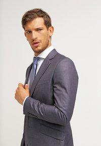 Esprit Collection - SLIM FIT - Koszula biznesowa - white - 3