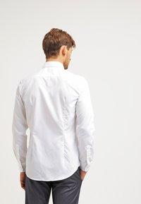 Esprit Collection - SLIM FIT - Koszula biznesowa - white - 2