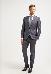 Esprit Collection - SLIM FIT - Koszula biznesowa - white - 1