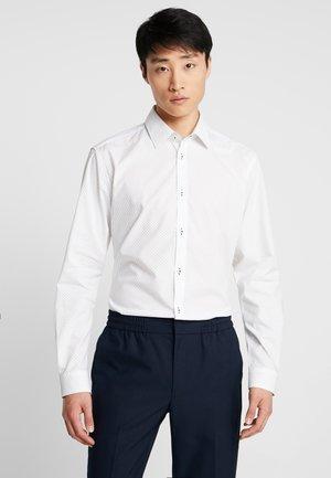MINI - Kostymskjorta - white