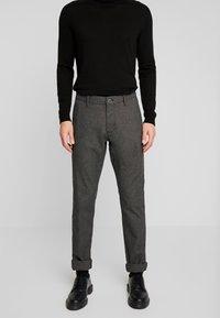 Esprit Collection - Pantalon classique - grey - 0