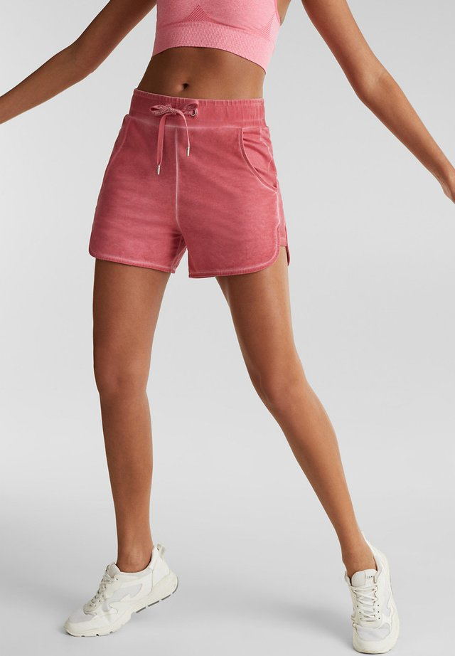 Sports shorts - coral red