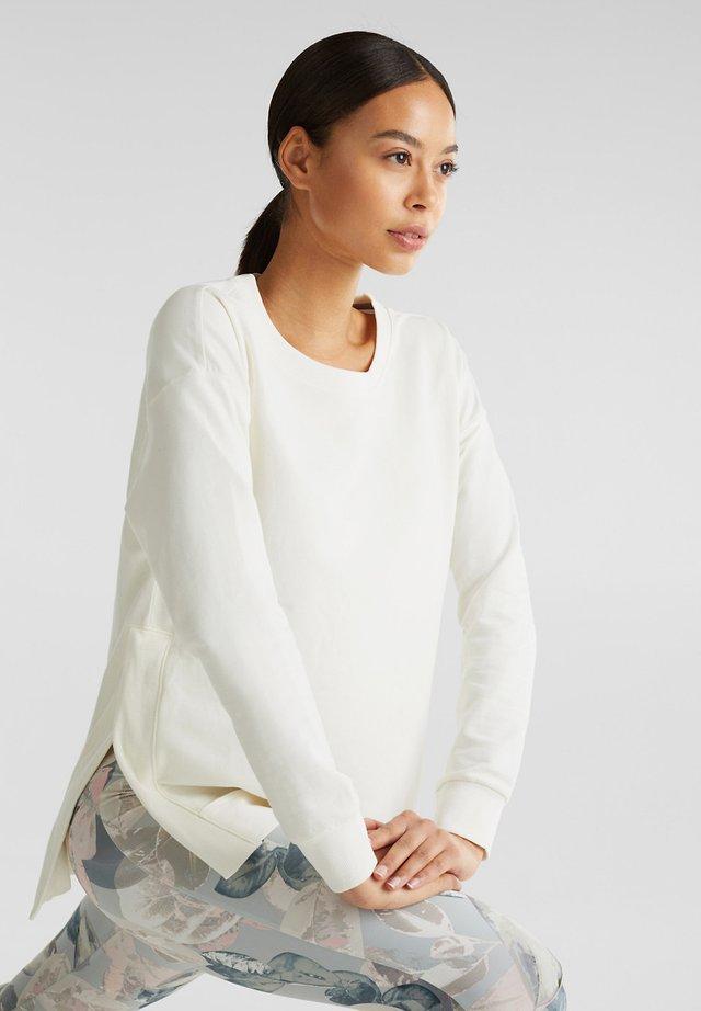 SWEATSHIRT MIT STRETCH UND RIPP-DETAILS - Sweatshirt - off white