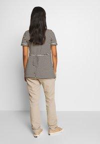Esprit Maternity - PANTS - Spodnie materiałowe - beige - 2