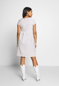 Esprit Maternity - DRESS NURSING - Sukienka letnia - offwhite - 2