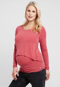 Esprit Maternity - NURSING - Langærmede T-shirts - red - 0