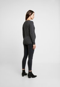 Esprit Maternity - NURSING - Langærmede T-shirts - black - 2