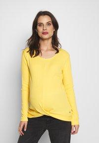 Esprit Maternity - Langarmshirt - dusty yellow - 0