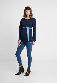 Esprit Maternity - SWEATER - Strikkegenser - night blue - 1