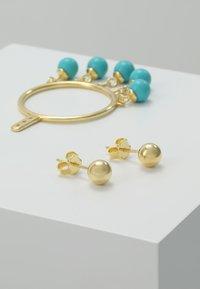 Eshvi - FANG PEARL CHARMS - Ohrringe - gold-coloured/turquoise - 3