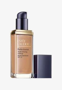 Estée Lauder - PERFECTIONIST YOUTH-INFUSING MAKEUP 30ML - Foundation - 3N1 ivory beige - 0