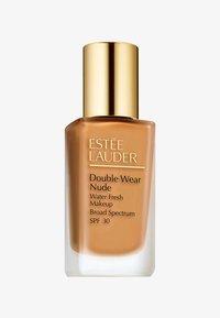 Estée Lauder - DOUBLE WEAR NUDE WATERFRESH MAKE-UP SPF30  - Foundation - 5W1 bronze - 0