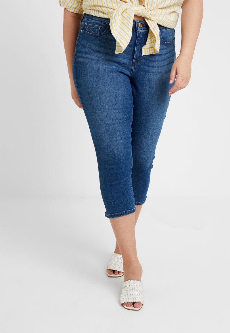 Esprit Curves - CAPRI PANTS - Slim fit jeans - blue light