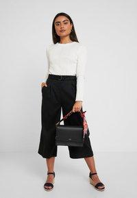 Esprit Collection Petite - CULOTTE - Kalhoty - black - 2
