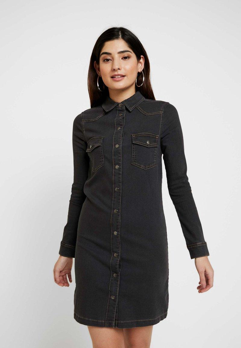 Esprit Petite - DRESS - Robe en jean - grey dark wash