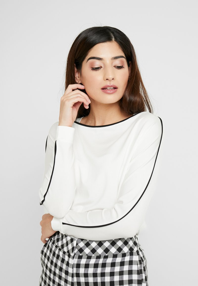 Esprit Collection Petite - PIPING TEE - Long sleeved top - off white