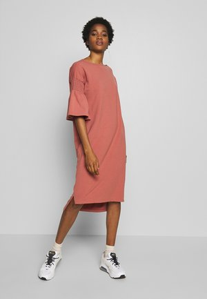 ESTHER DRESS - Korte jurk - brick dust