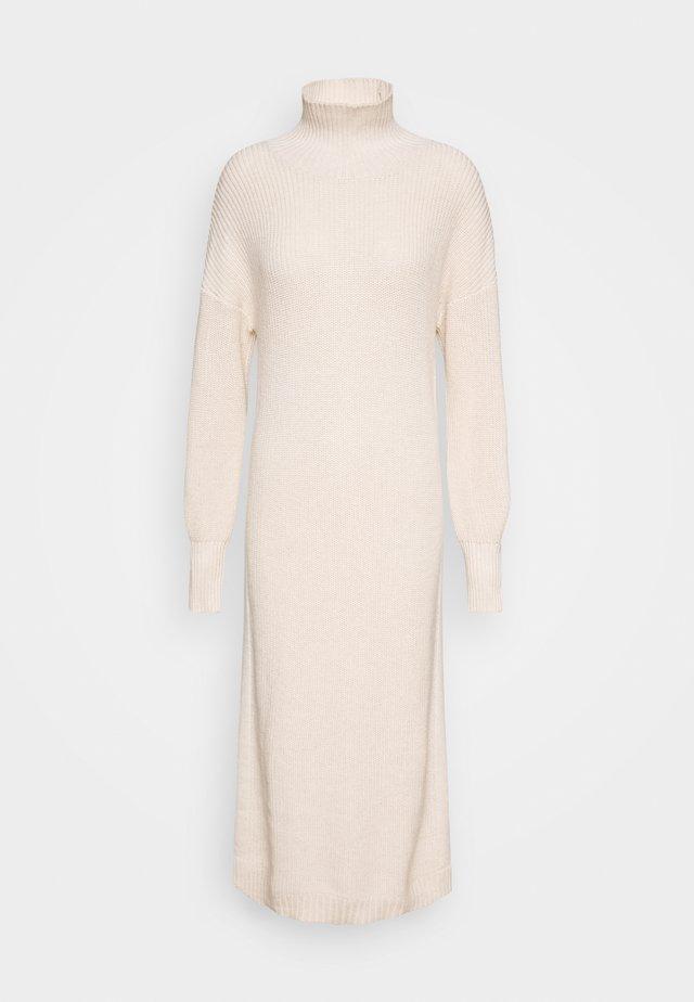SCARLETT DRESS - Sukienka dzianinowa - egg white