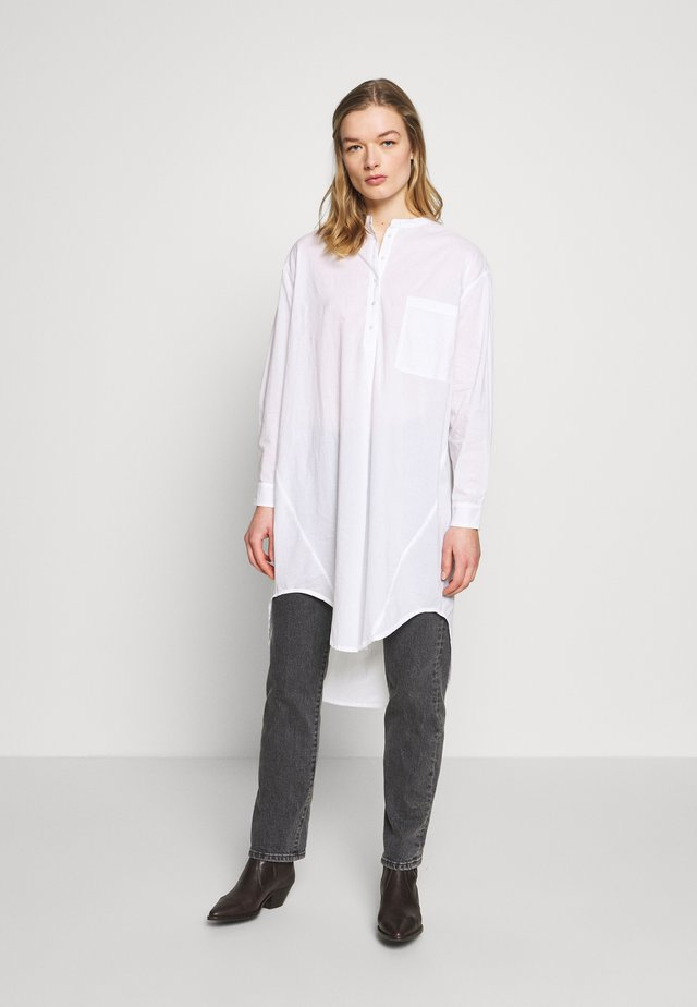 PERNILLE OVERSIZE - Blus - white