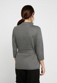 Esprit Collection Petite - Langærmede T-shirts - grey - 2