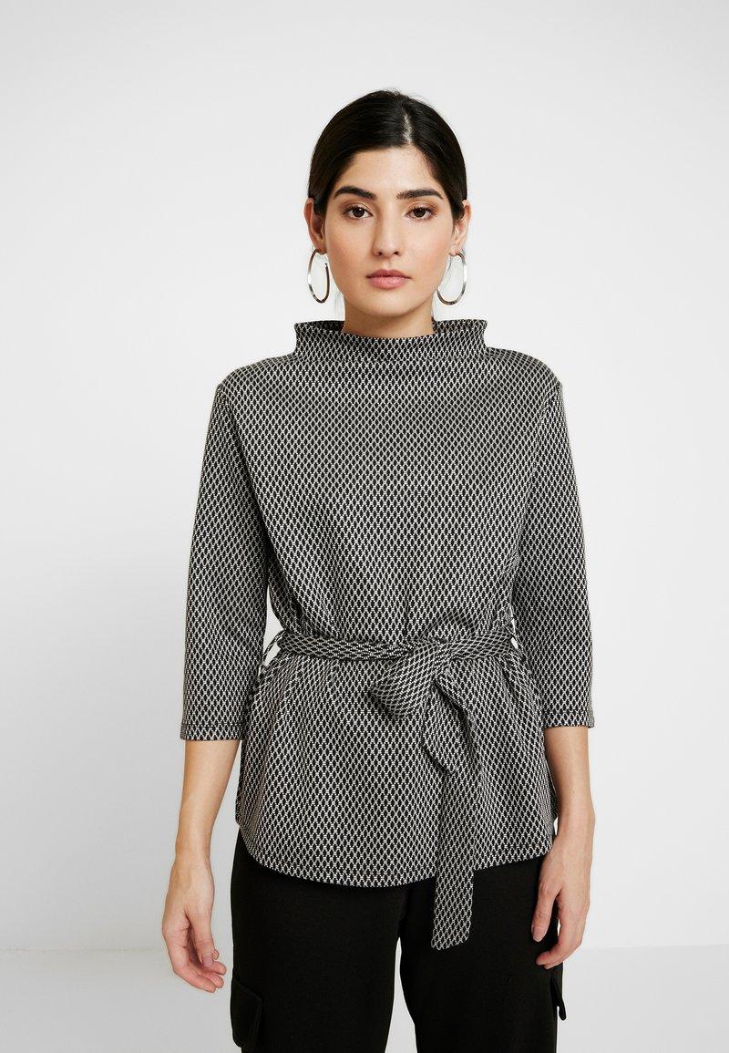 Esprit Collection Petite - Langærmede T-shirts - grey