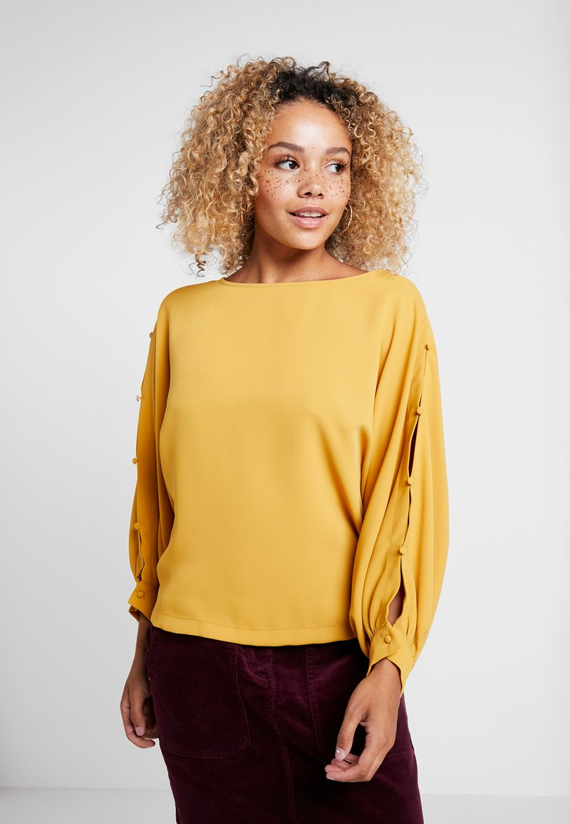Esprit Collection Petite - ANEWDULL - Blouse - amber yellow