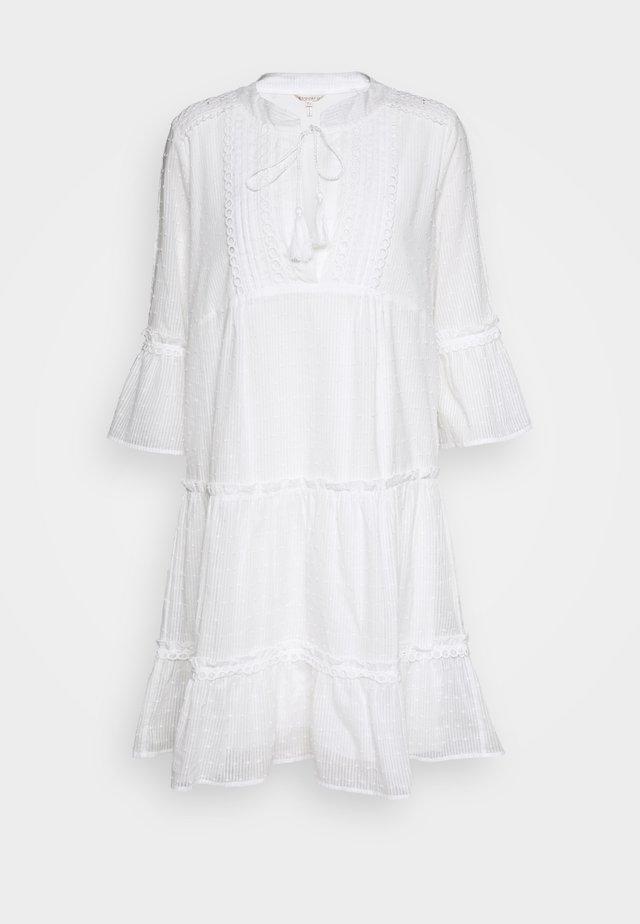 DRESS PLUMETIS - Robe chemise - off white
