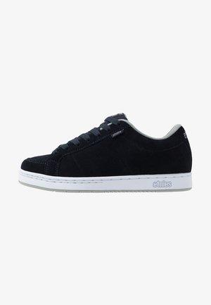 KINGPIN - Skateboardové boty - navy/grey/white