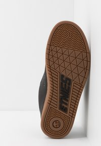 Etnies - Matalavartiset tennarit - charcoal - 4